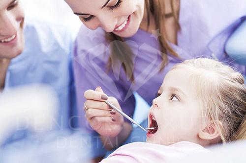 Viêm tủy răng sữa có ảnh hưởng gì không 2
