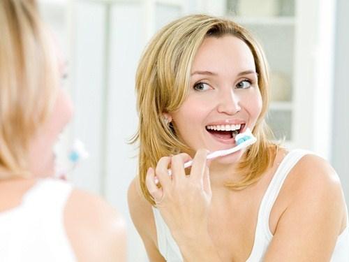 nguyên nhân của răng nhạy cảm là gì 3