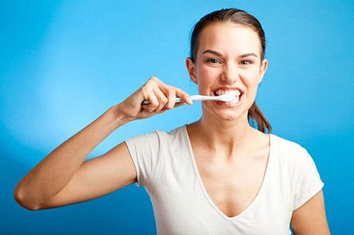 Nguyên nhân sâu răng 2