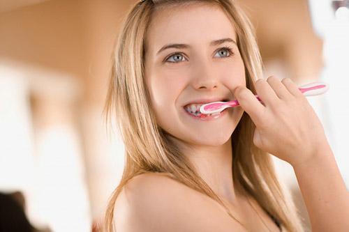 nguyên nhân răng nhạy cảm là gì