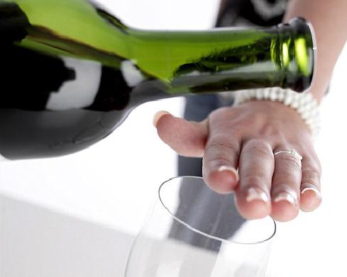 Uống ít rượu