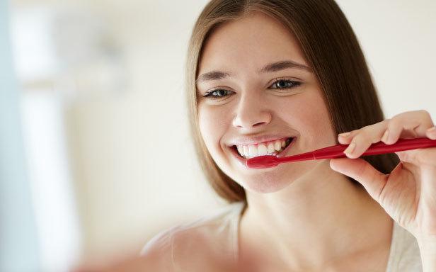 Chăm sóc răng miệng là gì