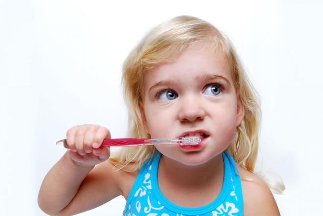 Chăm sóc răng sữa ở trẻ